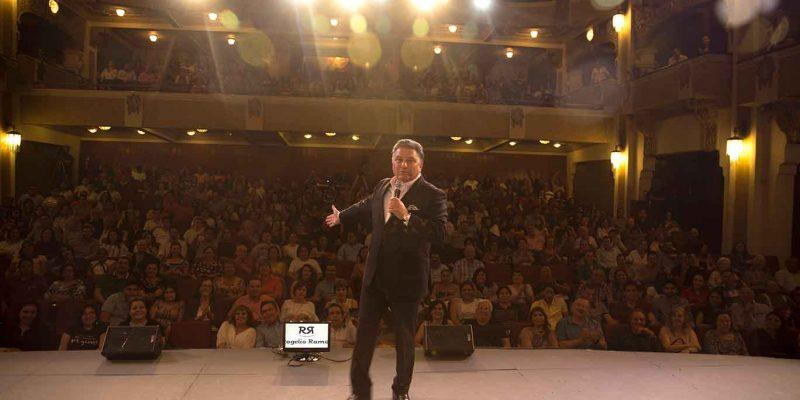 RogelioRamos-presentacion-reyesdelacomedia2